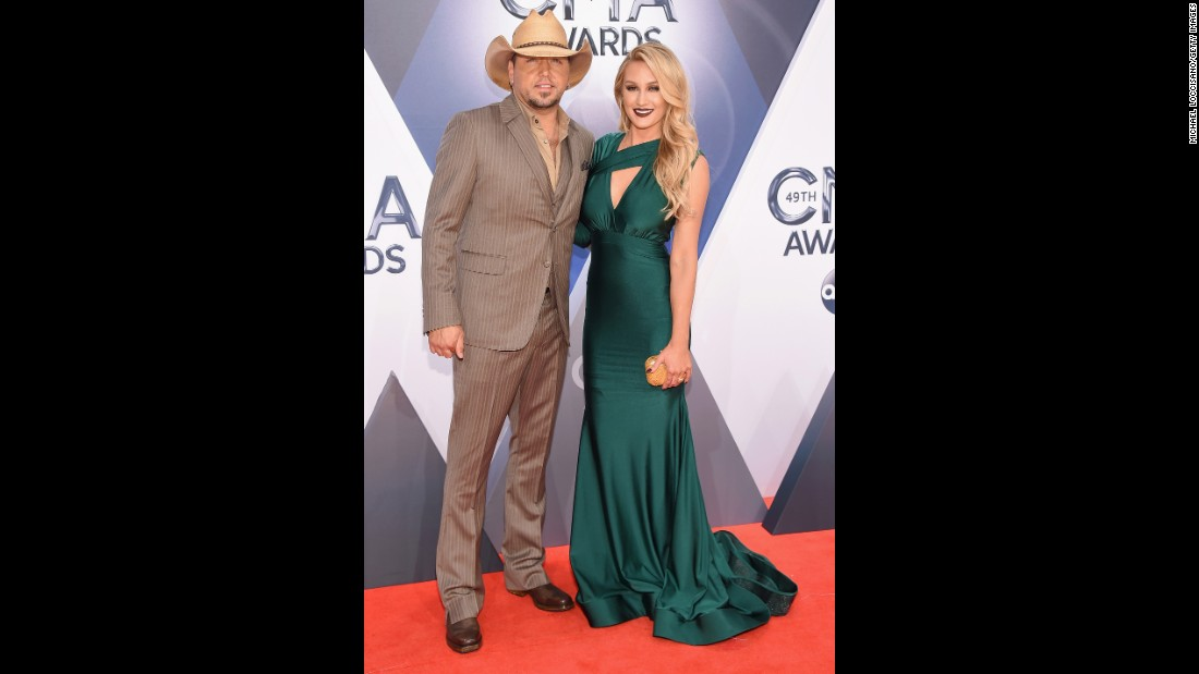 Jason Aldean and cheerleader Brittany Kerr