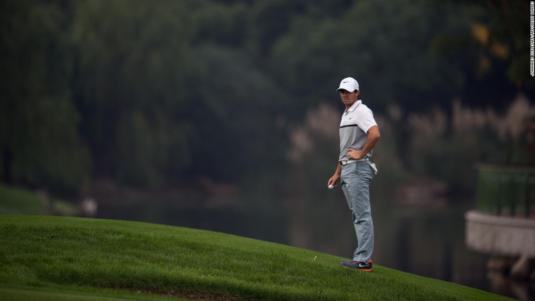 "McIlroy revealed he lost 10lbs in just 48 hours prior to the competition. ""(I weigh) 150lbs, 68 kilos. I can't remember the last time I was this light,"" he said. ""I think it is more a case of re-hydration now. Or a few burgers maybe, I don't know."""