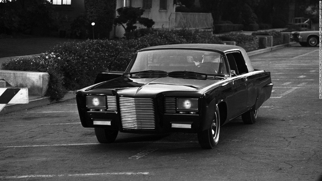"Much of the work on the Green Hornet's vehicle was done by Barris rival Dean Jeffries, who remade a 1966 Chrysler Imperial into the ""Black Beauty.""<a href=""http://www.barris.com/carsgallery/tvmovie/greenhornet.php"" target=""_blank""> According to Barris' website</a>, however, Barris added some touches, including the grille and headlights."
