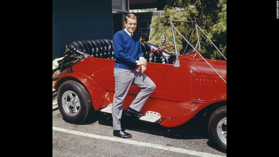 "The car in ""My Mother the Car"" was a ""1928 Porter"" created by Barris. (There was a real Porter Motor Co., but it had stopped making cars by 1928.) Jerry Van Dyke starred in the series."
