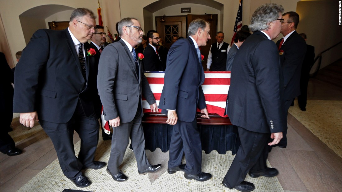 "The casket of Fred Thompson, a former actor, United States senator and Republican presidential candidate, is carried by pallbearers after his memorial service in Nashville, Tennessee, on Friday, November 6. Thompson <a href=""http://www.cnn.com/2015/11/02/us/fred-thompson-dies-tennessee/"" target=""_blank"">died November 1</a> at age 73."