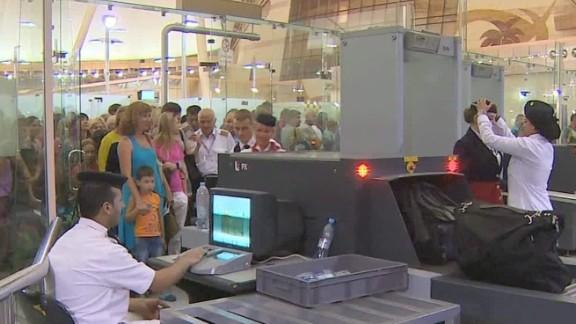 sharm el sheikh airport security under scrutiny mclaughlin pkg qmb_00031324.jpg