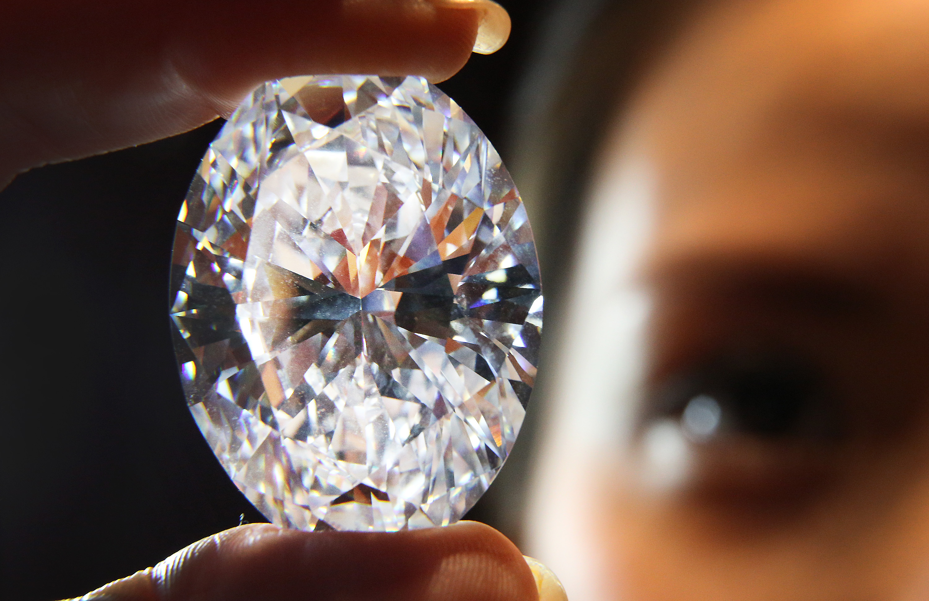 over diamond the star promise cnn auction new index to recut style soars million in oppenheimer pink value article