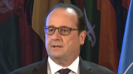 Hollande: Response to ISIS attacks must be pitiless