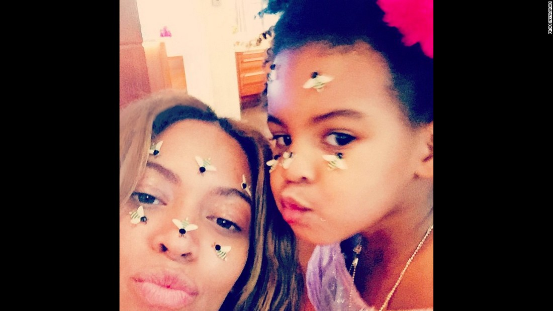"Singer Beyonce and her daughter, Blue Ivy, wished everyone a <a href=""http://instagram.com/p/zGaboJvw0X/?modal=true"" target=""_blank"">""Happy Valentine's Day""</a> on Instagram."
