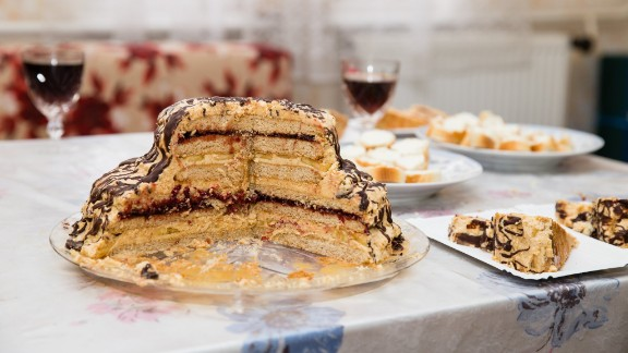 Cake is the present that keeps on giving after any office birthday party. But just how long is the half-eaten cake still edible? The big factor here is frosting. If the frosting or filling is dairy-based, it has to go immediately into the fridge. But otherwise, it
