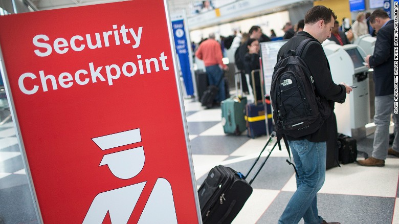 U.S. cities boost security for busy travel week