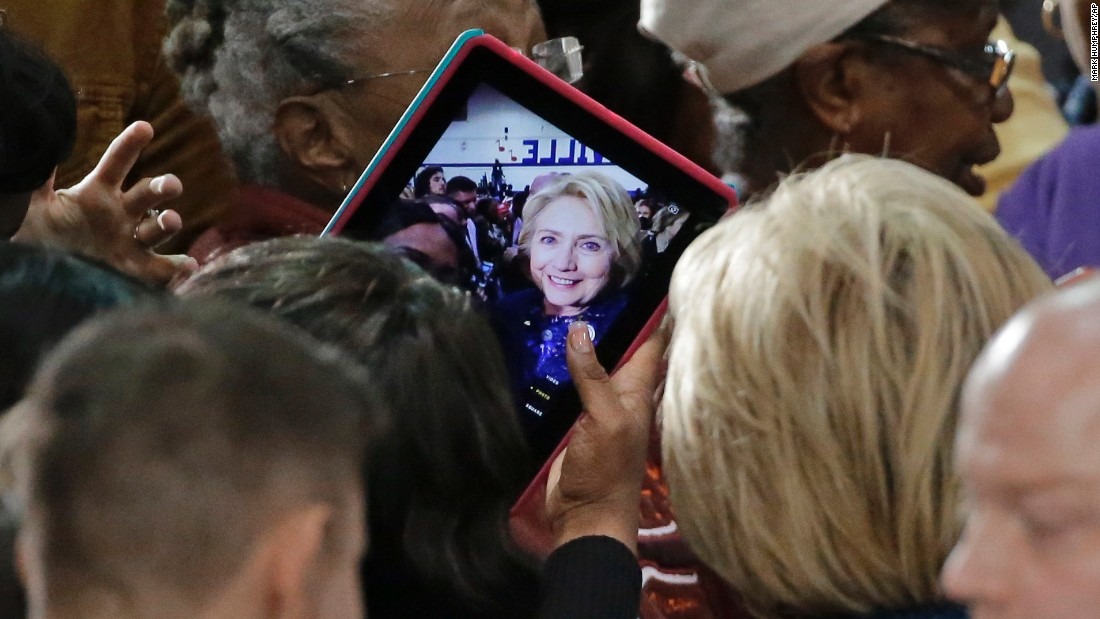 A woman takes a selfie with presidential candidate Hillary Clinton after Clinton spoke in Nashville, Tennessee, on Friday, November 20.