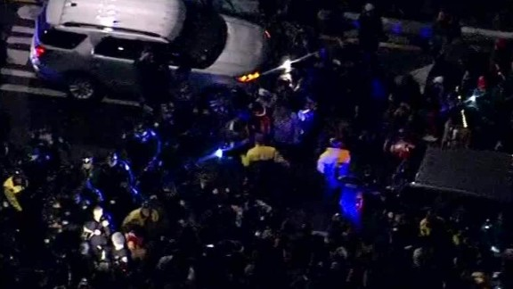 protests laquan mcdonald chicago shooting video sot ctn_00030107.jpg