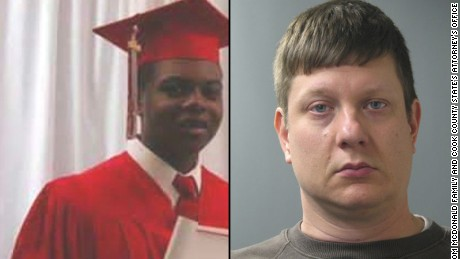 Officer in Laquan McDonald shooting pleads not guilty