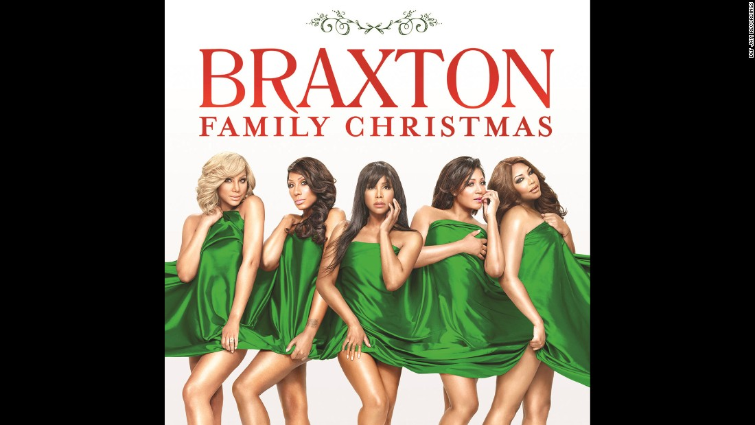 For the first time in 25 years, Toni Braxton reunites with all four of her sisters -- Tamar, Towanda, Trina and Traci -- for an official Braxton Family Christmas album.