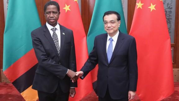 Chinese Premier Li Keqiang shakes hands with Zambia