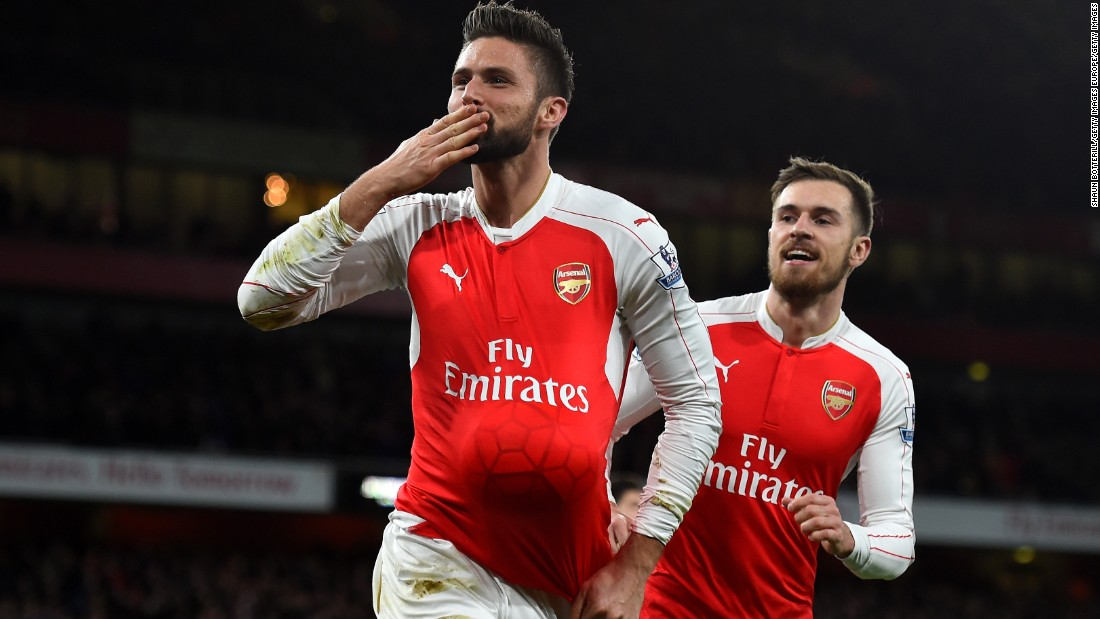 Olivier Giroud scored Arsenal's second goal after his own goal had helped Sunderland level at the Emirates.