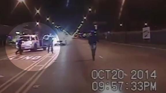 laquan mcdonald police report flores pkg_00003812.jpg