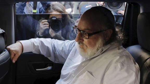 Israeli spy Jonathan Pollard leaves a courtroom in New York after being released from federal prison on Friday, November 20. Pollard is out on parole after serving 30 years behind bars.
