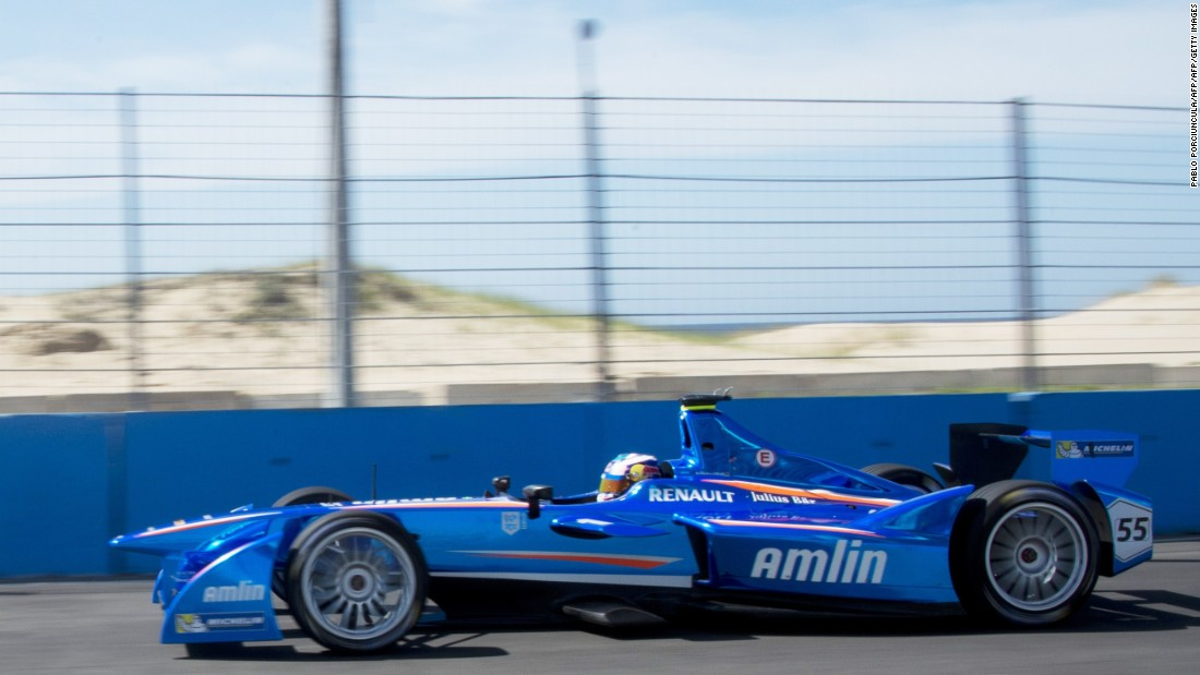 "Antonio Felix da Costa drives past the dunes in 2014. ""The sand on the track makes it difficult for the tires to grip the road,"" Formula E commentator Ben Nicholls tells CNN."