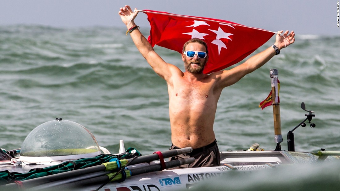 "In last year's race, the winner of the solo row ""Rame Guyane"" was Antonio de la Rosa from Spain. De la Rosa rowed the 2,600 miles between Senegal and French Guiana in 64 days and three hours."