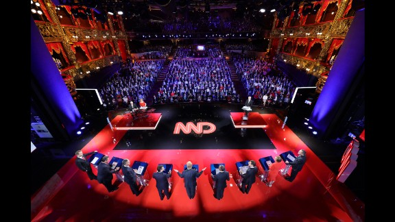 Vincent Laforet, a Pulitzer Prize-winning photographer and director, spent four days preparing for the Republican presidential debates in Las Vegas. Seven still cameras were set up on ceilings and balconies at a theater inside the Venetian hotel and casino.