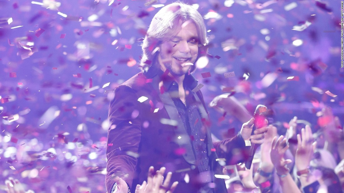 Season 7 winner Craig Wayne Boyd was mostly coached by country singer Blake Shelton, with coaching for a brief spell by No Doubt singer Gwen Stefani.