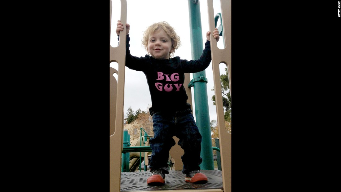 "<a href=""http://www.handsomeinpink.com/"" target=""_blank"">Handsome in Pink</a> offers gender-neutral T-shirts for boys and girls, including this one with ""Big Guy"" written in pink."