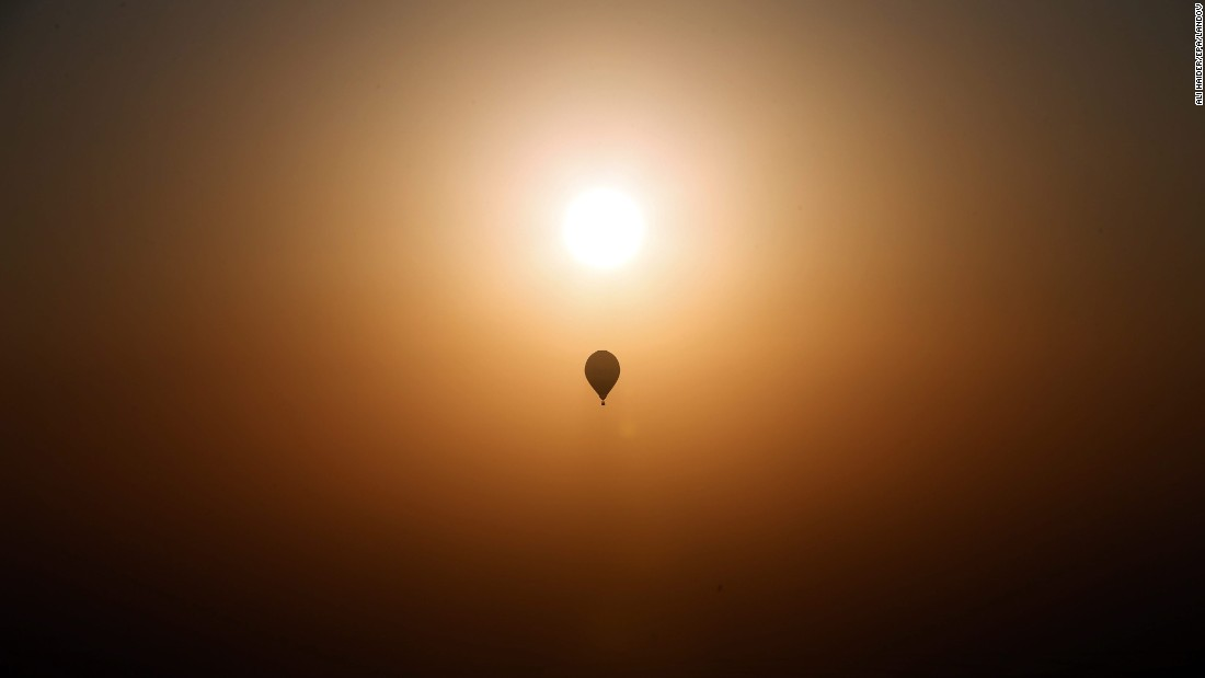 "A hot-air balloon flies over Dubai, United Arab Emirates, on Saturday, December 12. <a href=""http://www.cnn.com/2015/12/11/world/gallery/week-in-photos-1211/index.html"" target=""_blank"">See last week in 37 photos </a>"