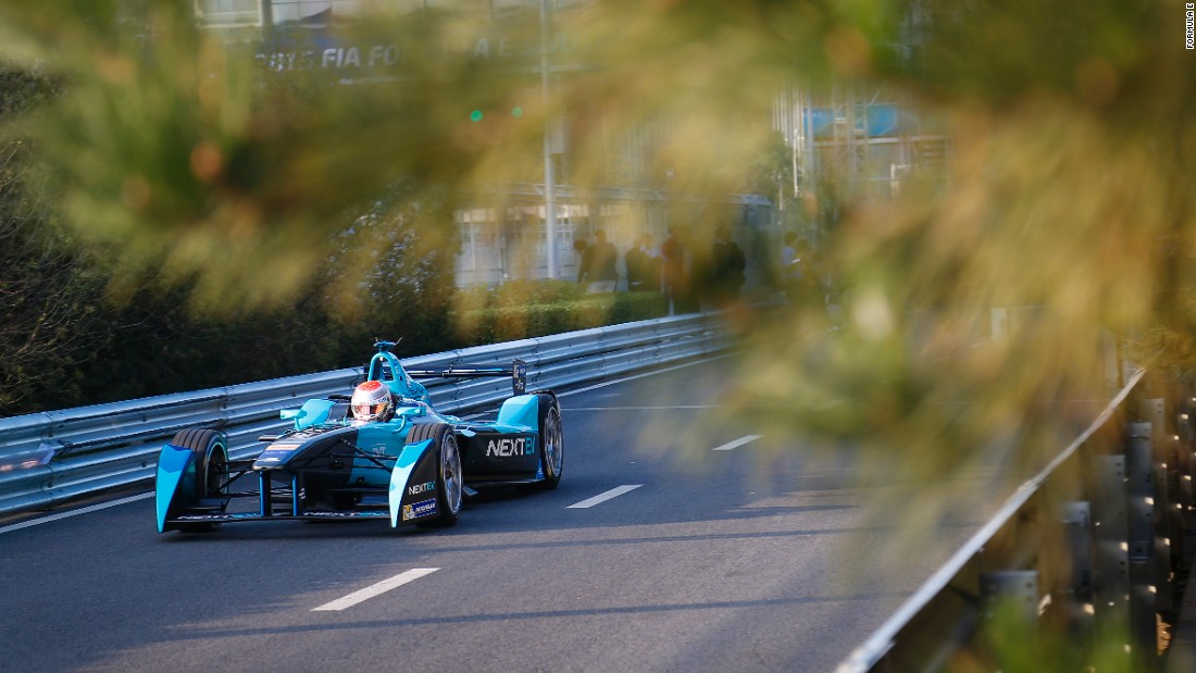 Unlike other motorsport series, like F1, practice, qualifying and the ePrix all take place on the same day.