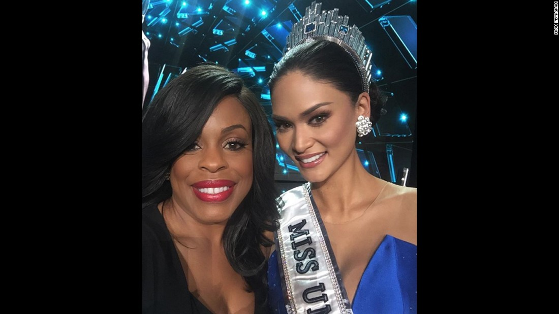 "Actress Niecy Nash takes a selfie with Miss Philippines Pia Alonzo Wurtzbach after being crowned Miss Universe on Sunday, December 20, in Las Vegas. ""And the winner is...""<a href=""https://www.instagram.com/p/_iltVWDy0p/"" target=""_blank""> she wrote on Instagram</a>."