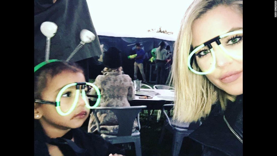 "Khloe Kardashian takes a selfie with her niece North West <a href=""https://www.instagram.com/p/_VUh7yBRqp/"" target=""_blank"">on Wednesday, December 16.</a>"