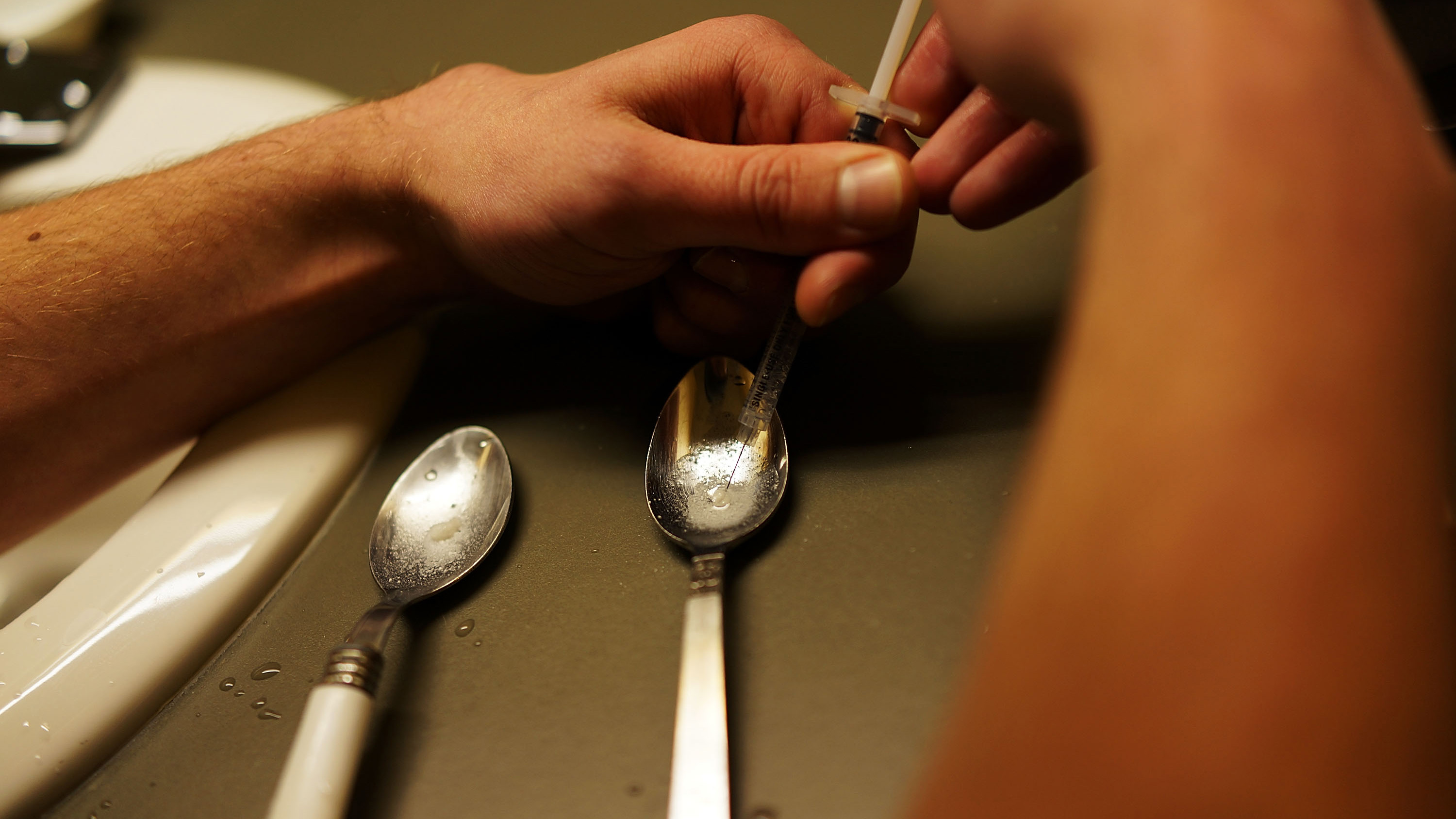 Heroin addicts shoot up in 'safe' bathrooms