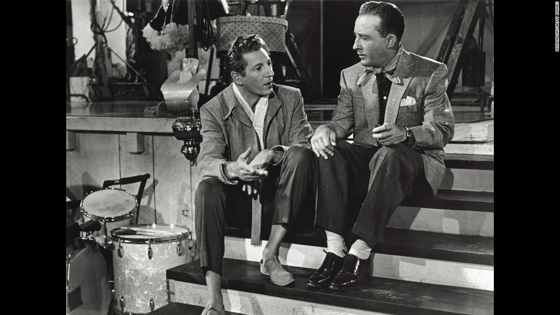 kaye left and crosbys characters discuss a special christmas eve - Danny Kaye White Christmas