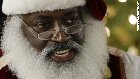 real black santa dee christmas lemon intv nr_00002806.jpg