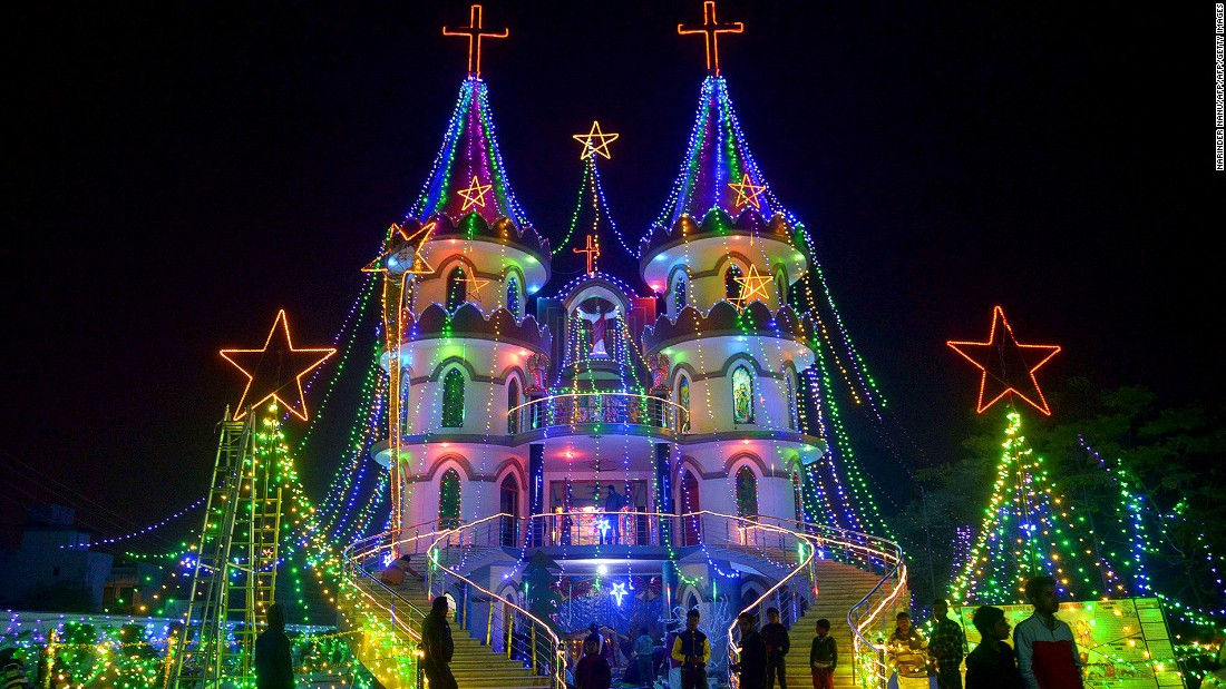 Despite mostly being a Hindu country, India is festive during Christmas. St. Mary's Catholic Church in Amritsar, in the northwestern India, goes all out.
