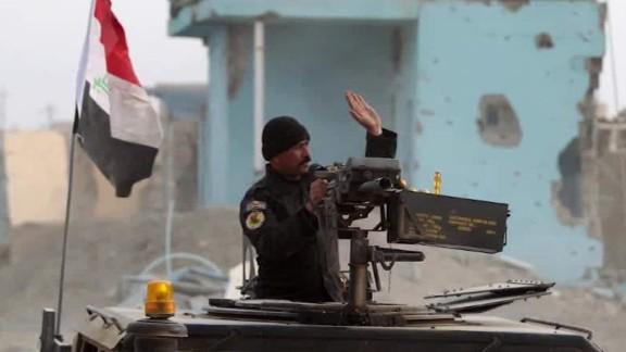 iraqi military declares ramadi liberated elbagir_00013308.jpg