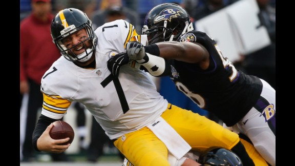 "Though ""Big Ben"" (#7) has flirted with the idea of retirement, the two-time Super Bowl champion has been a model of consistency in Pittsburgh. The Steelers' Ben Roethlisberger had another excellent season in 2017, earning his sixth Pro Bowl selection -- and fourth in a row -- before losing in the first round of the playoffs."