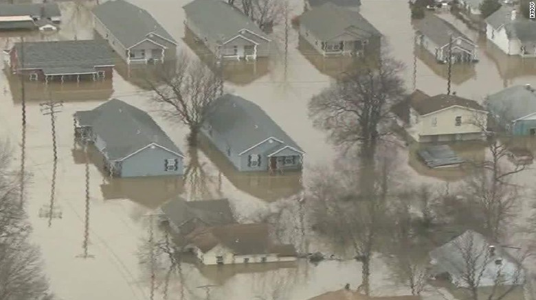 Missouri flooding reaches record levels