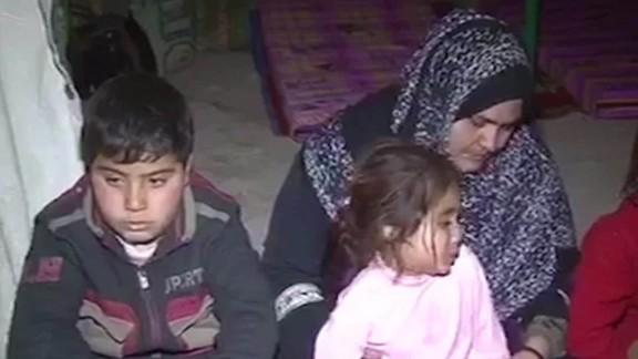 iraq ramadi civilian toll isis battle elbagir_00010315.jpg