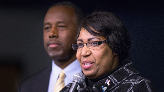 Candy Carson and her husband, Republican presidential candidate Ben Carson, speak to guests at a barbeque hosted by Jeff Kauffman, chairman of the Republican party of Iowa, on November 22, 2015 in Wilton, Iowa.