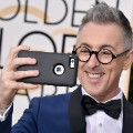 golden globes red carpet 2016 - Alan Cumming