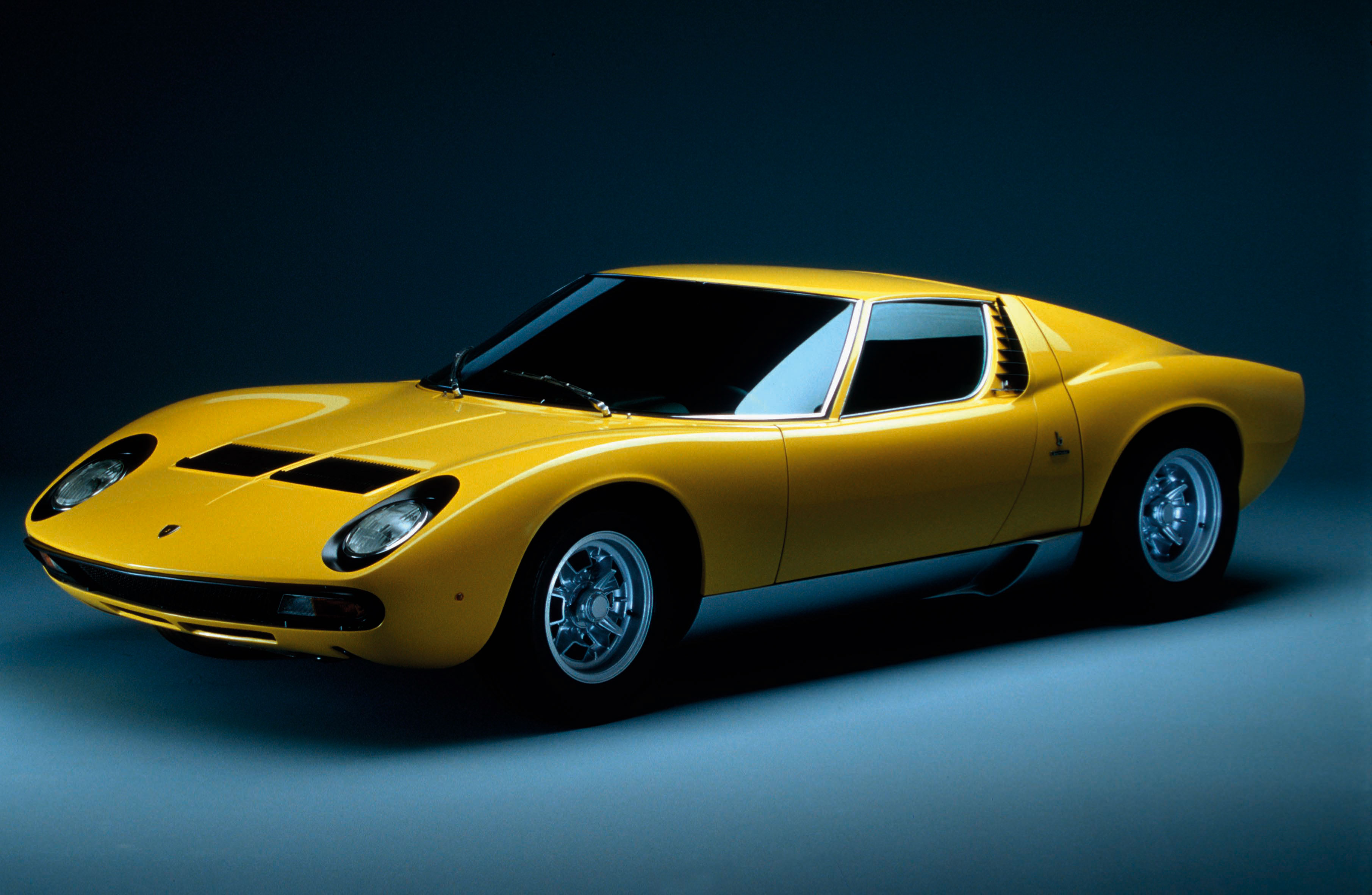 announces view for yac monuments road mode of lamborghini original celebrating winning projects zoom lina two poster lamborghinis legend gallery miura finalist image size