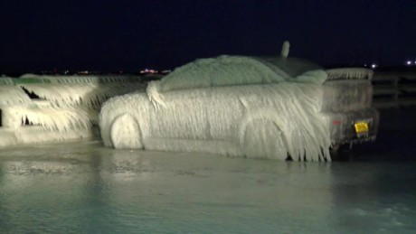 car completely frozen lake erie vo_00000000
