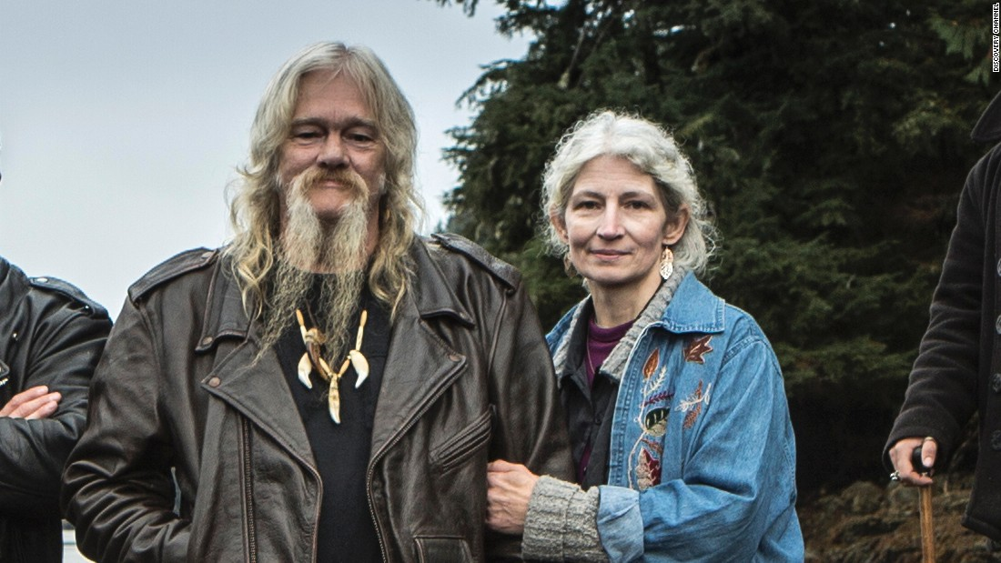 39 Alaskan Bush People 39 Stars Plead Guilty In Fraud Case Cnn