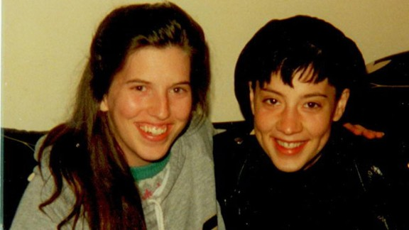 Victoria Maxwell, left, with a friend in 1991 two months before her first psychosis.