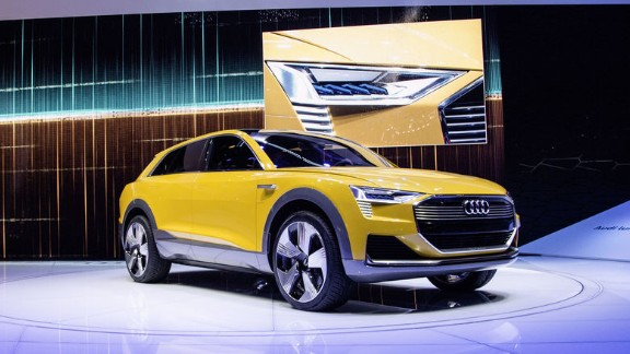 The company also revealed an electric concept version powered by a hydrogen fuel cell.