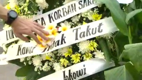 Indonesians mourn terror victims