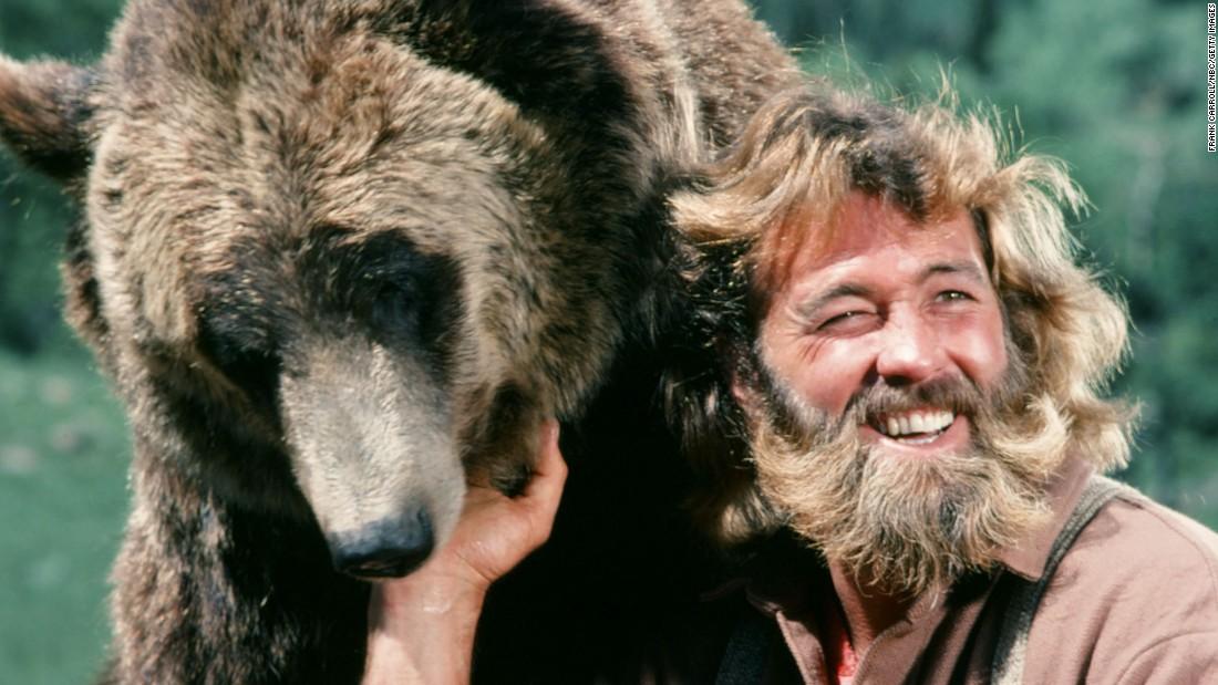 Dan Haggerty Grizzly Adams Star Dies At 74 Cnn