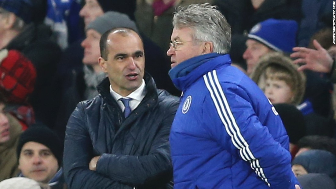 Everton manager Roberto Martinez (L) was furious with the decision to allow the goal to stand, and Chelsea counterpart Guus Hiddink (R) admitted it was a mistake by the referee.