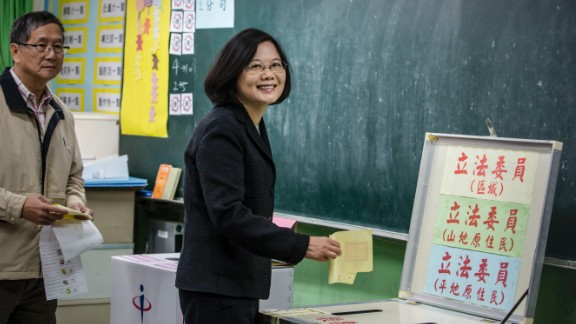 Tsai Ing-wen casts her ballot at a polling station in Tapei, Taiwan on January 16, 2016.