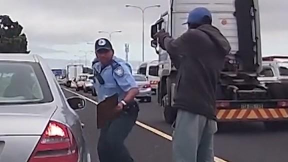 Police officer shot point blank South Africa orig vstan dlewis_00000000.jpg