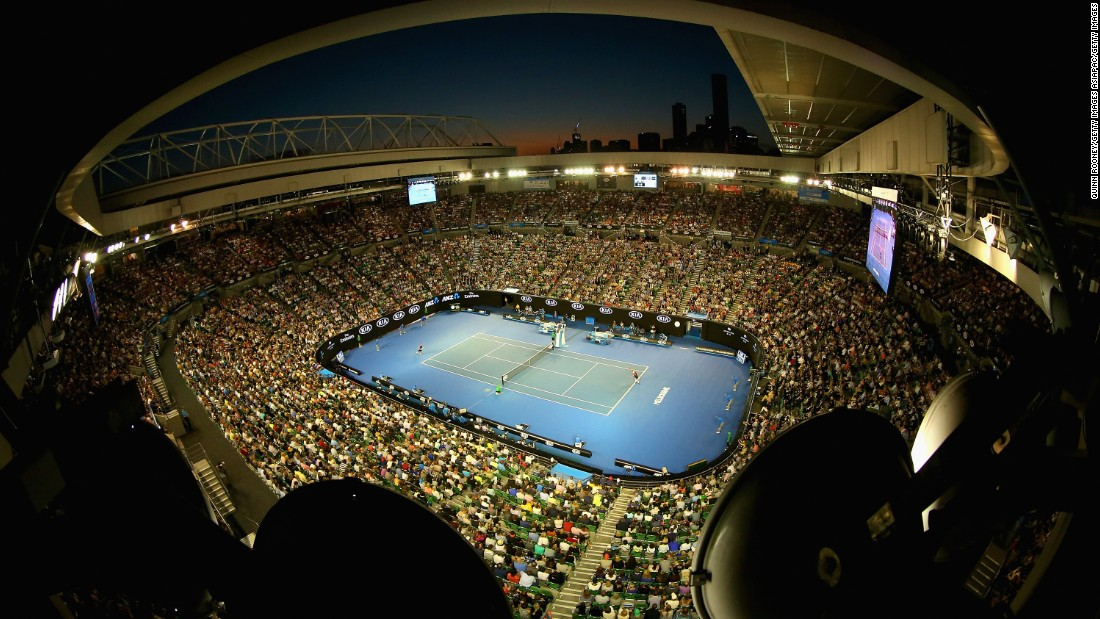 The stadium was packed full for the occasion, with Hewitt supporters keen to witness the final foray of a true legend of the game.