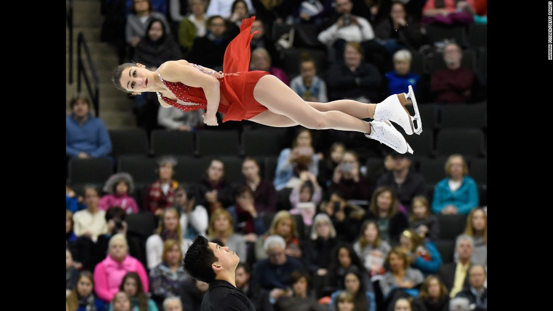 Marissa Castelli and Mervin Tran compete at the U.S. Figure Skating Championship on Saturday, January 23.